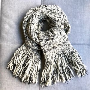 Chanel Wool & Cashmere Blended Unisex Scarf